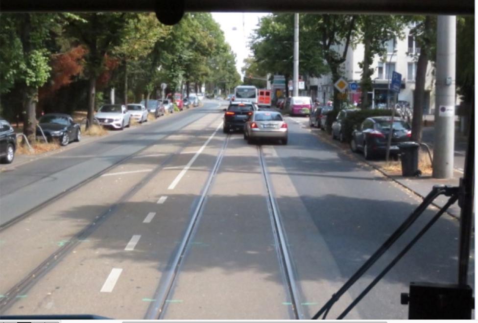 Antrag zur Sitzung des Ausschuss für Bauen, Verkehr und Umwelt am 27.11.2019 hier: Maßnahmen gegen Behinderungen der Stadtbahn-Linie7 durch den MIV auf der    Dürener Straße
